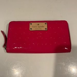 GORGEOUS WELL LOVED KATE SPADE HOT PINK WALLET
